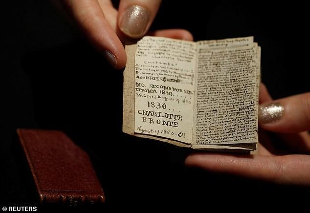 Vì sao cuốn sách nhỏ bằng bao diêm có giá 20 tỉ đồng? - ảnh 3