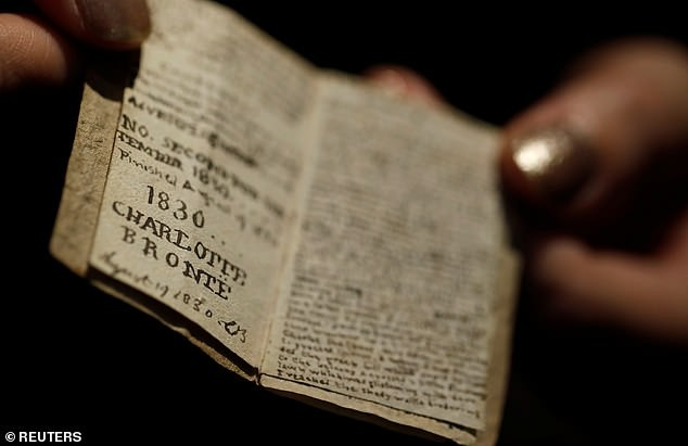 Vì sao cuốn sách nhỏ bằng bao diêm có giá 20 tỉ đồng? - ảnh 5