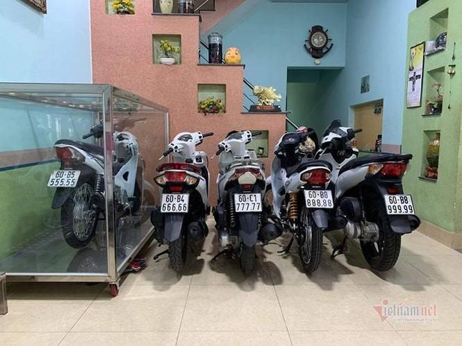 Đại gia Việt trưng xe trong tủ kính gây sốt - ảnh 5
