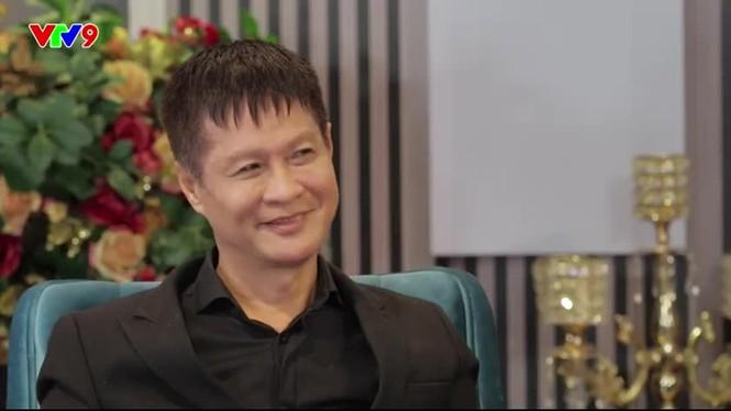 Lê Hoàng phản ứng gì  khi bị Thanh Bạch chê giọng bẹt, thấp bé trên truyền hình? - ảnh 3