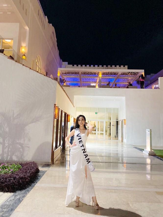 Á hậu Thúy An phô diễn vẻ đẹp khó cưỡng khi diện bikini tại Miss Intercontinenta - ảnh 1