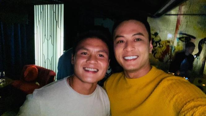 Hồng Đăng tung ảnh chụp với Quang Hải khiến fan tò mò về quan hệ hai người - ảnh 7