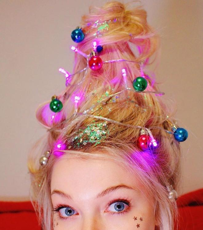 Cộng đồng mạng thế giới rộ mốt làm tóc dựng đứng như cây thông Noel - ảnh 3