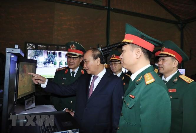 Thủ tướng, Chủ tịch Quốc hội dự kỷ niệm 75 năm Ngày thành lập quân đội - ảnh 5