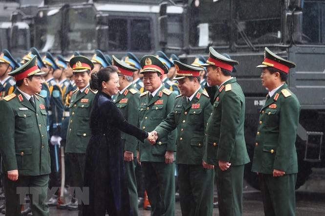 Thủ tướng, Chủ tịch Quốc hội dự kỷ niệm 75 năm Ngày thành lập quân đội - ảnh 7