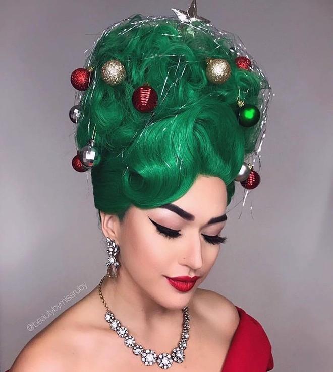 Cộng đồng mạng thế giới rộ mốt làm tóc dựng đứng như cây thông Noel - ảnh 9