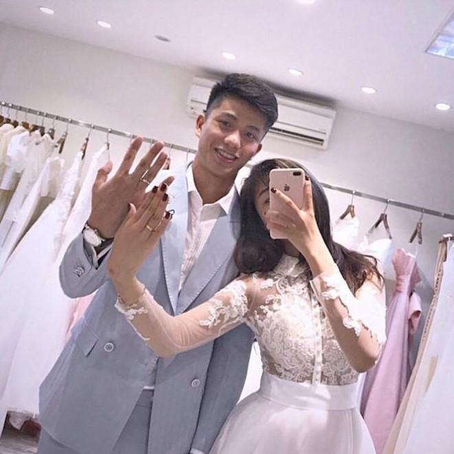'Lóa mắt' vì số vàng mà bạn gái hot girl của Phan Văn Đức đeo trong lễ ăn hỏi - ảnh 5