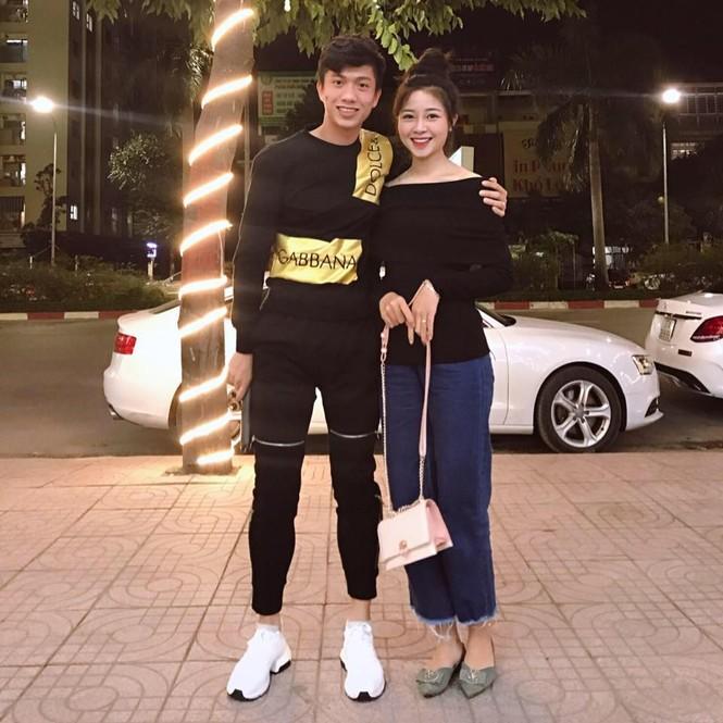 'Lóa mắt' vì số vàng mà bạn gái hot girl của Phan Văn Đức đeo trong lễ ăn hỏi - ảnh 8
