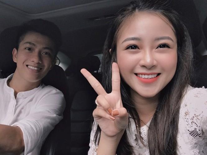 Câu cảm ơn sau lễ ăn hỏi bạn gái hot girl của Phan Văn Đức gây 'sốt' - ảnh 6