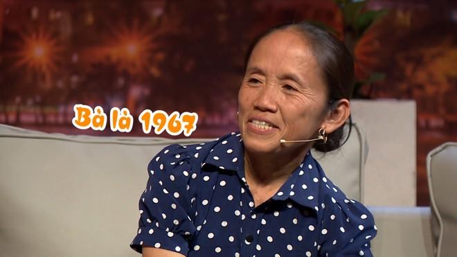 Bà Tân Vlog bất ngờ khi biết tuổi thật của NSND Hồng Vân - ảnh 5