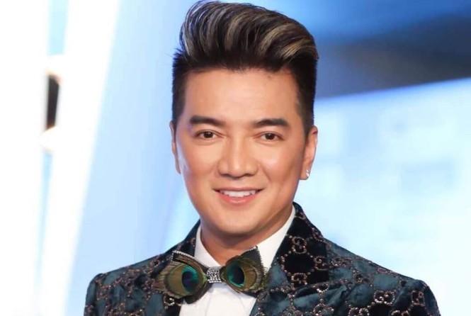 Showbiz 4/2: Vì sao nữ MC Trung Quốc bị chỉ trích khi đưa tin về dịch corona? - ảnh 6