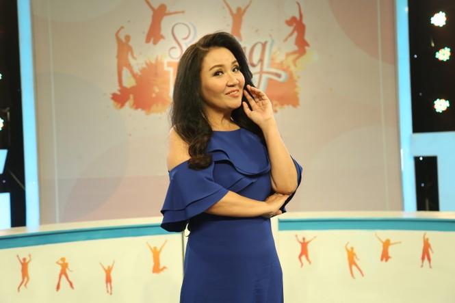 Diễn viên Ngân Quỳnh nói gì khi bị so sánh với các chị em nghệ sĩ trong gia đình - ảnh 2