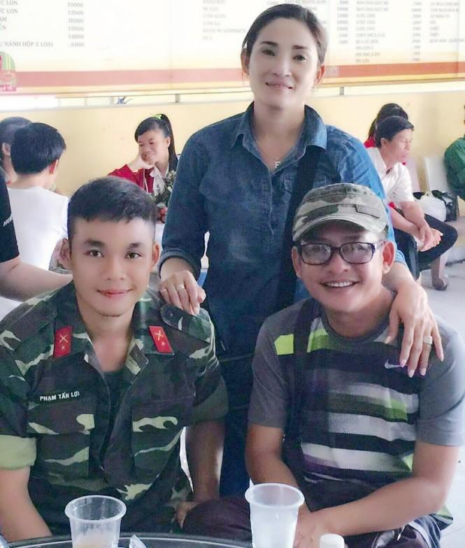 Sống tích cực mùa dịch: Con trai Tấn Beo xung phong vào tuyến đầu chống dịch COVID-19 - ảnh 2