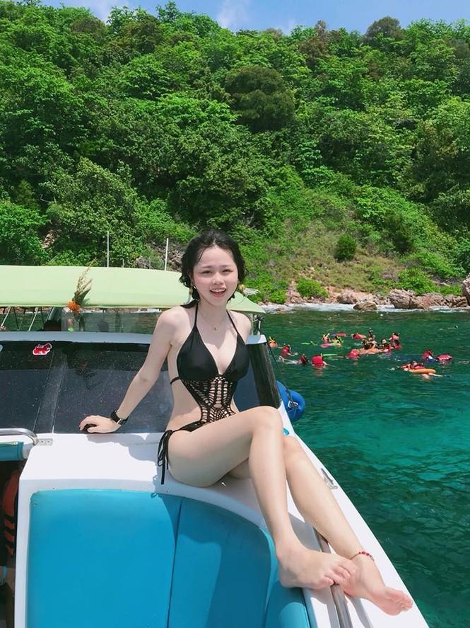Bạn gái mới của Quang Hải mặt xinh như búp bê, vóc dáng nóng bỏng - ảnh 4
