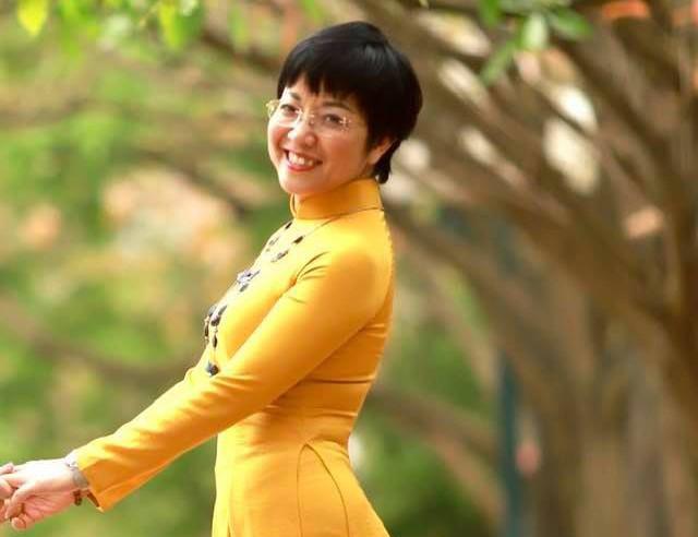 Showbiz 13/6: MC Thảo Vân nói gì về chuyện đi bước nữa? - ảnh 1