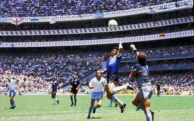 Nước mắt rơi ngày tiễn biệt Maradona - ảnh 1