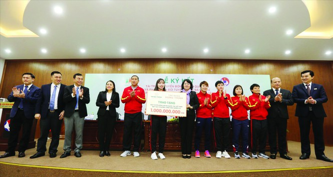 100 tỷ đồng cho mục tiêu World Cup của bóng đá nữ Việt Nam - ảnh 1
