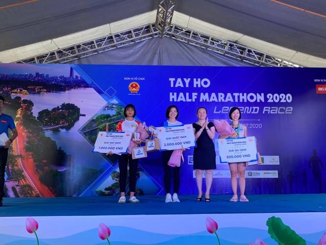 Nguyễn Thị Oanh: Đoạt 2 chứcvô địch trong một tuần - ảnh 1