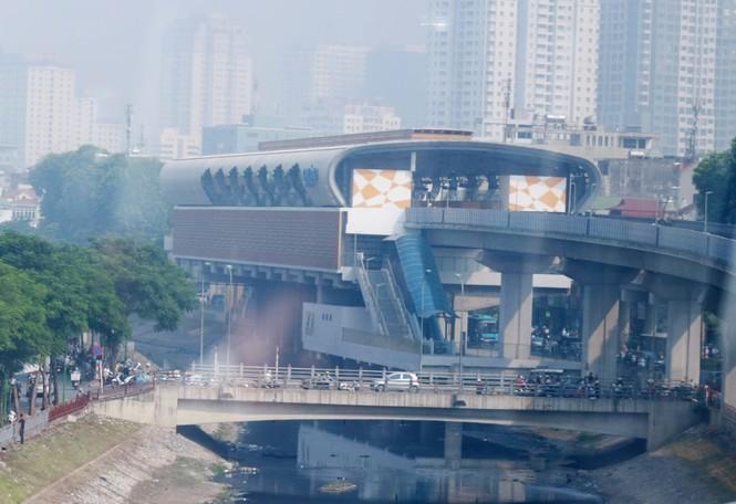 Đường sắt Cát Linh - Hà Đông lại lỡ hẹn: 13 đoàn tàu chưa được kiểm định an toàn - ảnh 1
