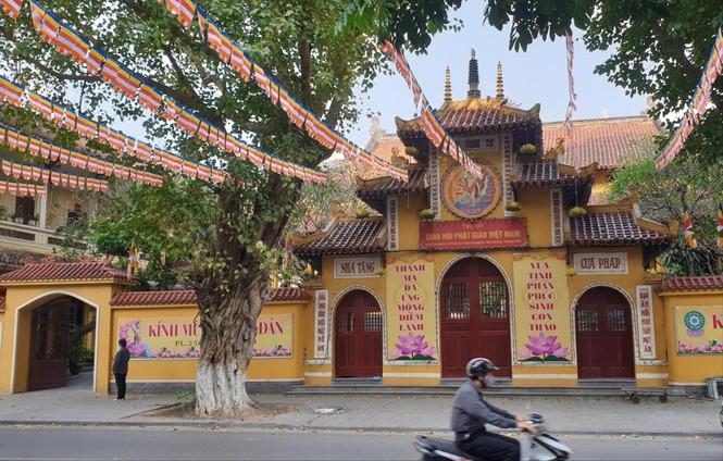 Mùa Phật đản an lạc, đồng hành với  dân tộc - ảnh 1