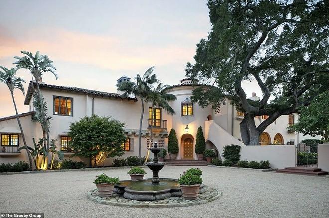 Vợ chồng Katy Perry mua biệt thự hoành tráng, trở thành hàng xóm của Hoàng tử Harry - ảnh 1