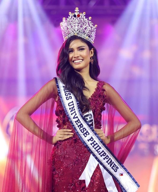 Nhan sắc ngọt ngào, quyến rũ của người đẹp lai đăng quang Hoa hậu Hoàn vũ Philippines - ảnh 1