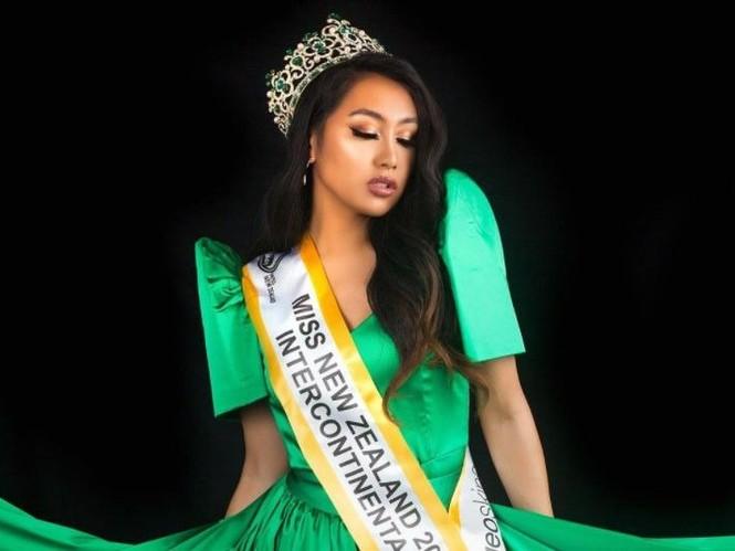 Sắc vóc nóng bỏng của người đẹp chuyển giới đăng quang Hoa hậu Liên lục địa New Zealand - ảnh 1