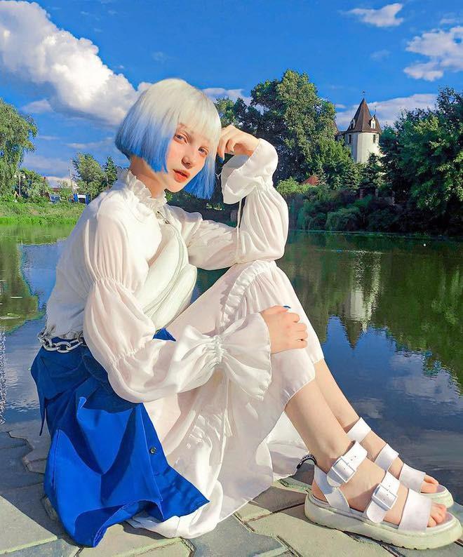 Sắc vóc xinh đẹp như búp bê của hotgirl Ukraine  - ảnh 4