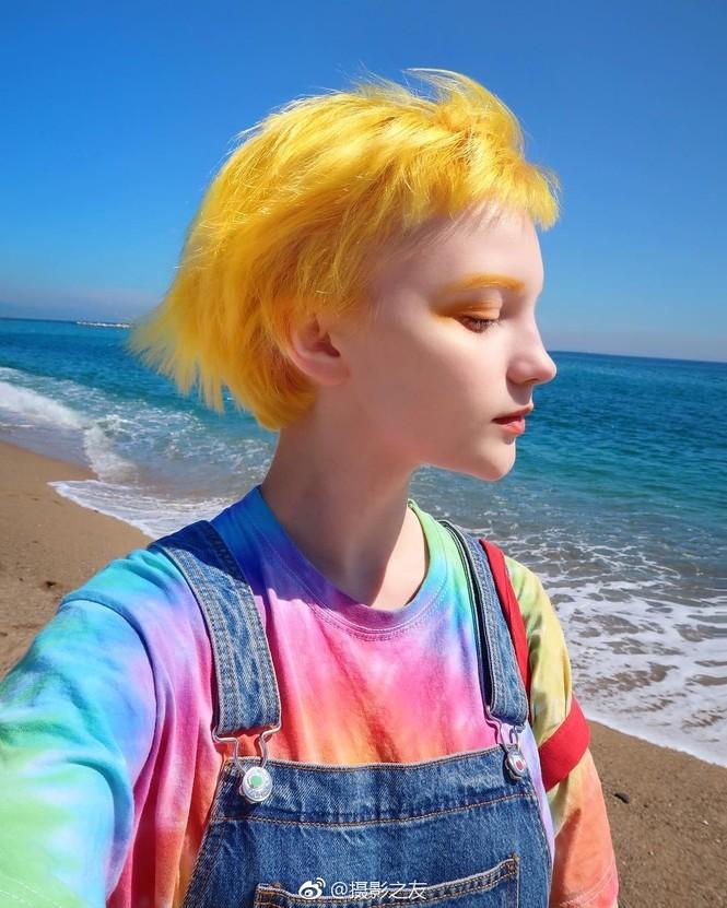 Sắc vóc xinh đẹp như búp bê của hotgirl Ukraine  - ảnh 3