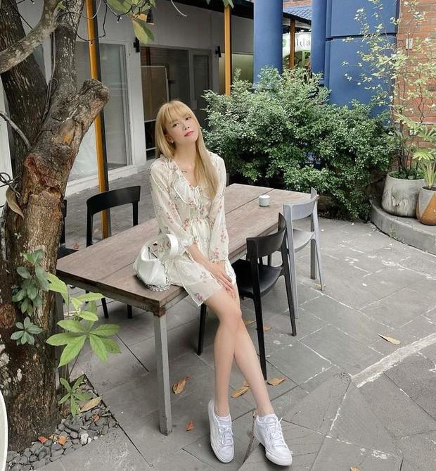 Thiều Bảo Trâm dịu dàng với váy hoa, Huyền Lizzie, Mai Ngọc đọ sắc với áo dài cách tân - ảnh 11