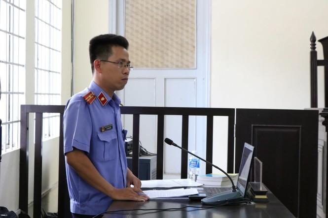 Hai cựu công an đánh chết người bị đề nghị 8 - 9 năm tù - ảnh 3
