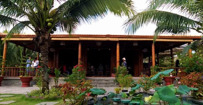 Độc đáo căn nhà xưa Nam bộ làm hoàn toàn bằng gỗ dừa - ảnh 1