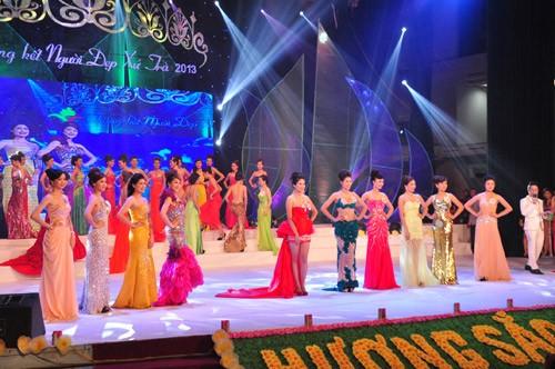 Hình ảnh đêm chung kết 'Người đẹp xứ Trà' 2013 - ảnh 22
