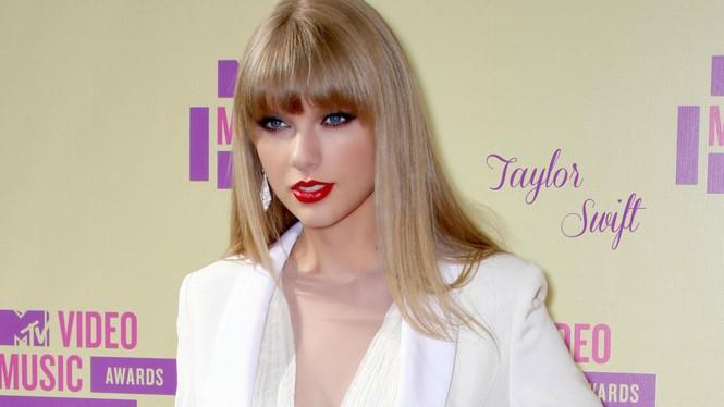 Taylor Swift và David Beckham bất ngờ 'liên quan' - ảnh 1