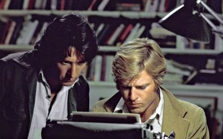 Hai diễn viên Robert Redford (bên phải) và Dustin Hoffman (bên trái) vào vai hai phóng viên của tờ Washington Post trong bộ phim Người của Tổng Thống