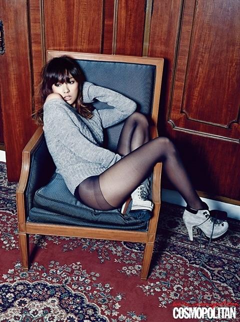 Lee Hyori táo bạo với nội y trên tạp chí - ảnh 5