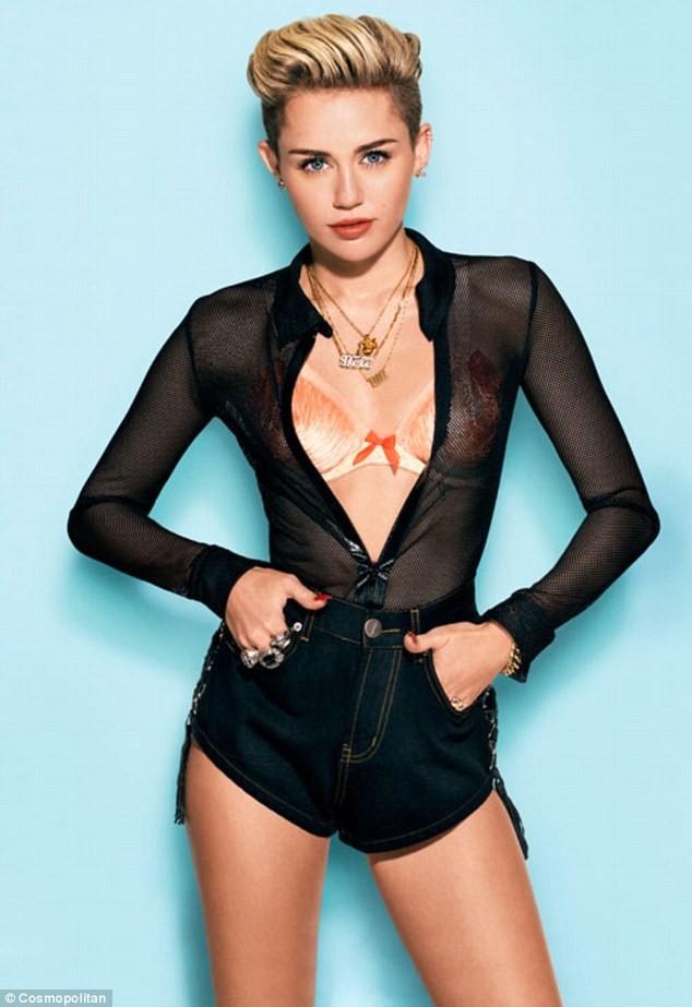 Miley Cyrus đẹp lộng lẫy với áo đính đầy đá quý - ảnh 3