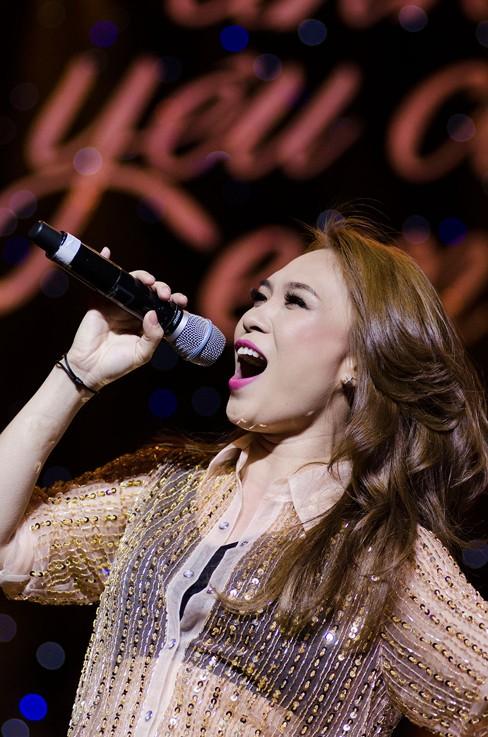 Thắng đề cử EMA Đông Nam Á, Mỹ Tâm hát cực 'sung' - ảnh 8