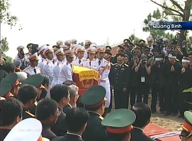 Đại tướng Võ Nguyên Giáp đã yên nghỉ trong lòng đất Mẹ - ảnh 23