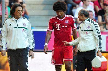 Dante khập khiễng rời sân trong trận đấu cuối tuần qua