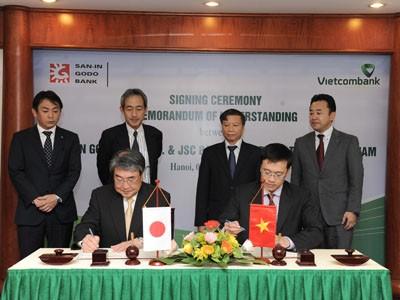 Vietcombank ký kết Biên bản ghi nhớ với ngân hàng Nhật Bản - ảnh 1