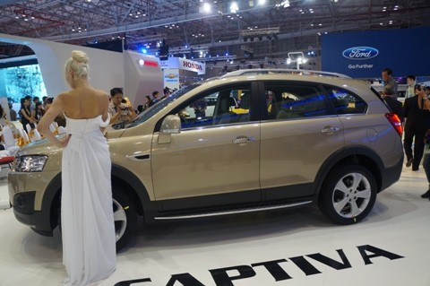 GM ra mắt Chevrolet Captiva mới - ảnh 2