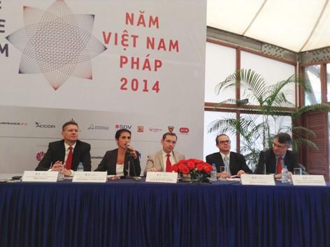 """Buổi họp báo công bố chương trình """"Năm Pháp tại Việt Nam"""" tại Đại sứ quán Pháp ở Hà Nội. Ảnh : Việt Hùng"""