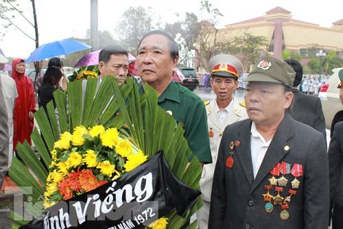Người dân Quảng Bình viếng Đại tướng Võ Nguyên Giáp