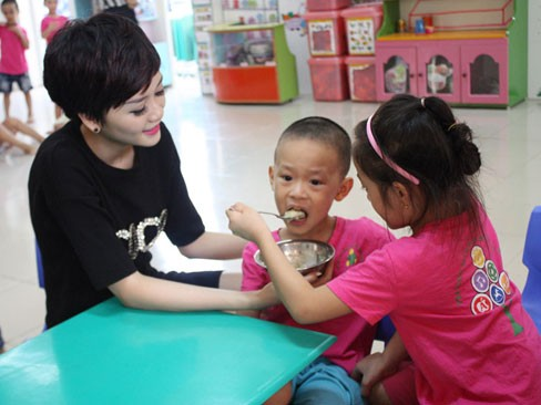 Thiều Bảo Trang sợ sinh con - ảnh 6