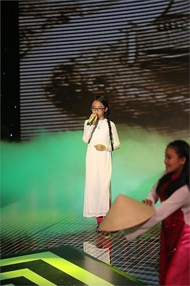 Tối qua tại đêm Chung kết Siêu mẫu Việt Nam 2013, sự xuất hiện của Phương Mỹ Chi khiến khán giả hò reo không ngớt