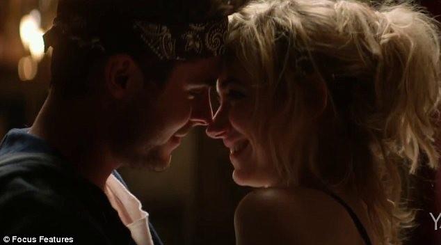 'Trai ngoan' Zac Efron bất ngờ khỏa thân trong phim mới - ảnh 3