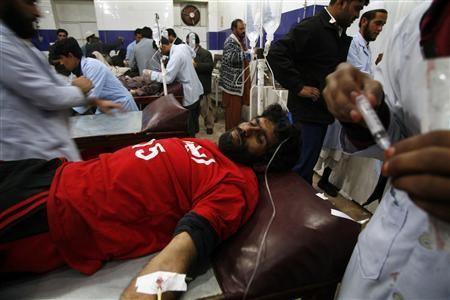 Bệnh viện quá tải vì số người bị thương trong vụ đánh bom