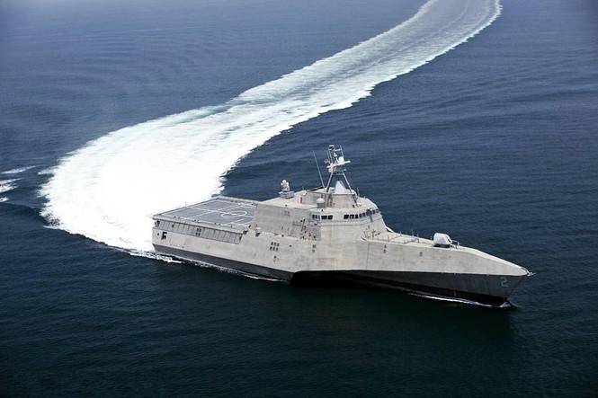 Tàu tác chiến ven bờ LSC-2 Independence là chiếc đầu tiên thuộc lớp Independence