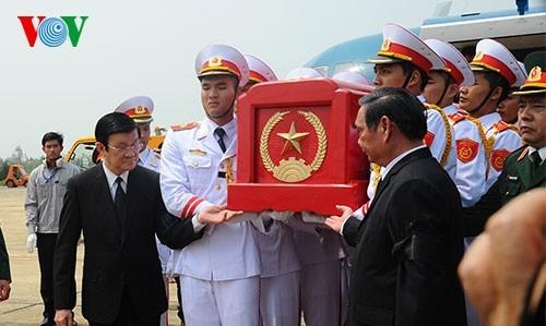Đại tướng Võ Nguyên Giáp đã yên nghỉ trong lòng đất Mẹ - ảnh 78